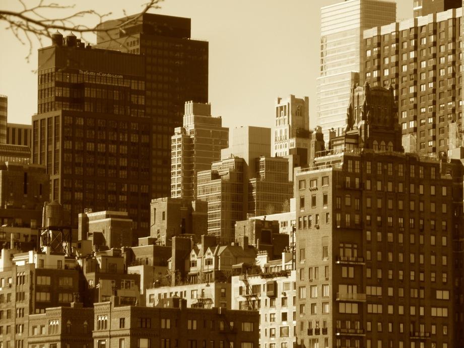 Empilement d'immeubles au soleil