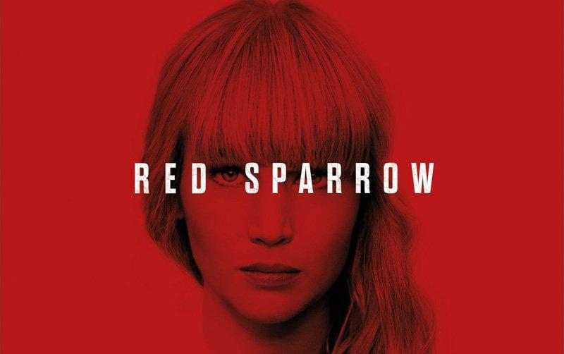 Affiche Sparrow avec le visage de Jennifer Lawrence sur fond rouge